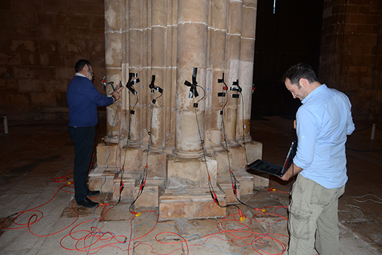 High resolution NDT in the characterization of the inner structure and materials of heritage buildings walls and columns - Advances in Engineering
